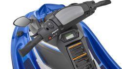 2017-Yamaha-EXDELUXE-EU-Azure-Blue-Metallic-Detail-003