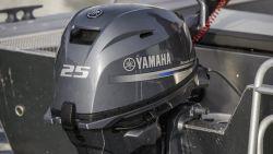 2017-Yamaha-F25-EU-NA-Detail-002