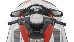 2017-yamaha-fx-high-output-eu-pure-white-with-torch-red-metallic-detail-002